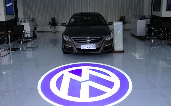 LEDプロジェクターロゴライト・ゴボライトで会社や店舗のロゴやメッセージを鮮明に魅せられる