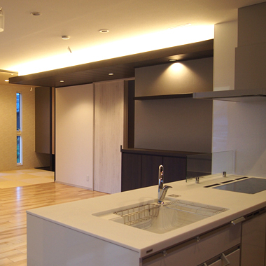 業務用LEDテープライト(間接照明)をダイニングキッチンに施工した例